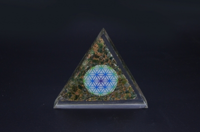 Green Aventurine Orgonite Triangle